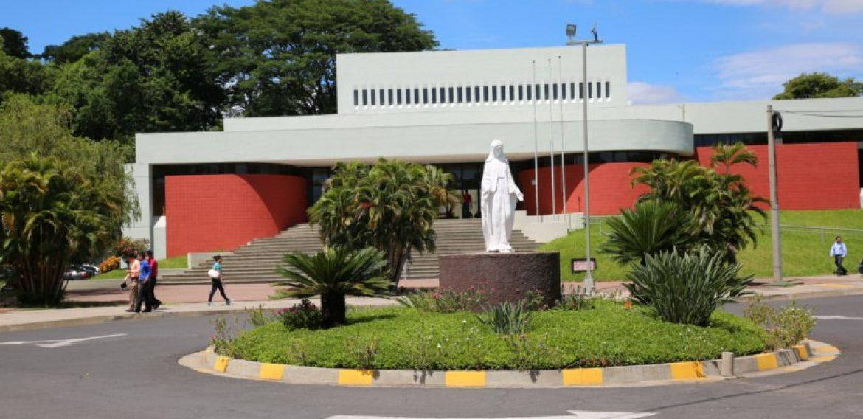 BIBLIOTECA MIGUEL DE CERVANTES: HACIA LA DIGITALIZACIÓN DE LA INFORMACIÓN