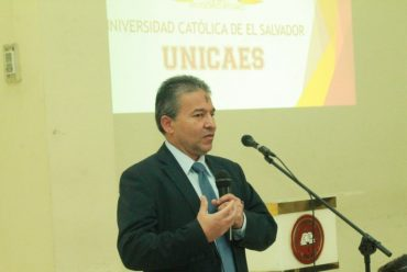 RECTOR DEL CENTRO UNIVERSITARIO INCARNATE WORD VISITA UNICAES