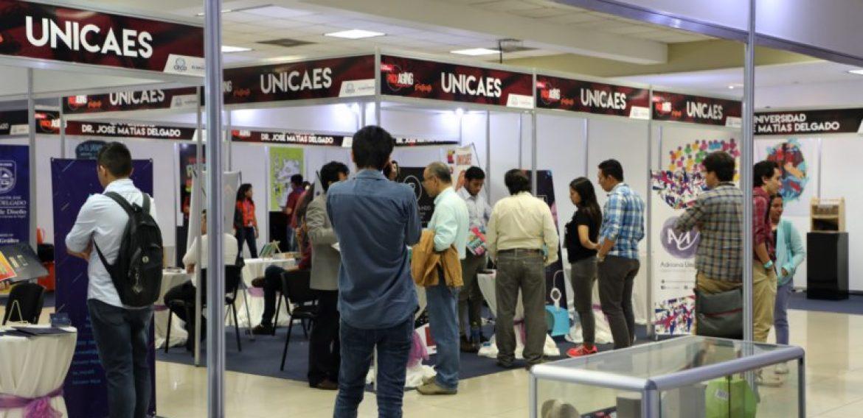 ESTUDIANTES DE DISEÑO GRÁFICO DE UNICAES MARCAN TENDENCIA EN PACKAGING 2017