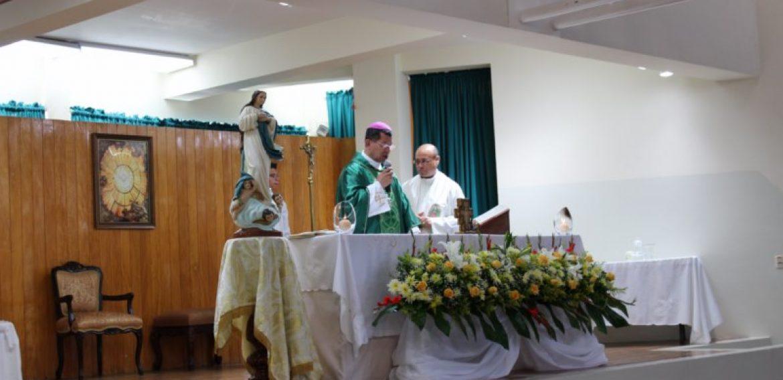 NUEVOS PROFESIONALES DE ENFERMERÍA AL SERVICIO DE LA COMUNIDAD