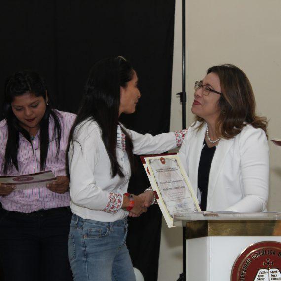 DE LA RED A LA COMUNIDAD, ASÍ CELEBRAN EL DÍA DEL PERIODISTA EN UNICAES