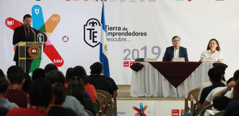UNICAES EN LA PRENSA GRÁFICA, NOV. 2019