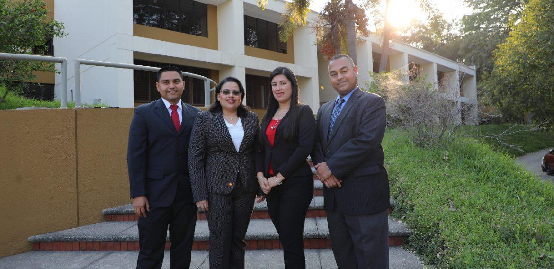 Doctores UNICAES, graduados de la Universidad de Navarra (Unav)