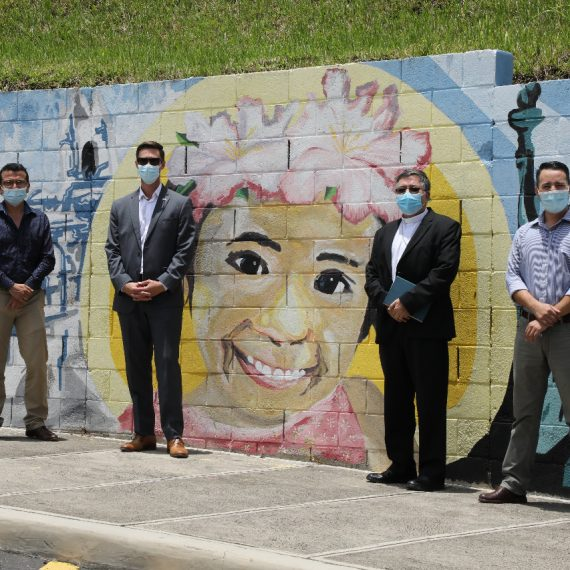 UNICAES RENUEVA CONVENIO CON OFICINA DE AMERICAN SPACES, DE LA EMBAJADA DE LOS ESTADOS UNIDOS